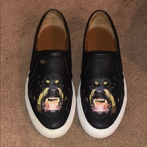 100% Authentic Givenchy Skate Sneakers